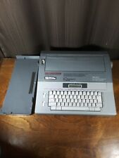Smith Corona Portable Electric Typewriter SD 680 Word Processing 5A-1 works