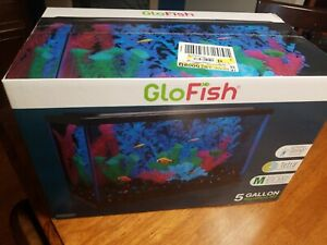 New GloFish Aquarium Kit 5 gallon Fish Tank  5x Tetra Whisper Filter Cartridges