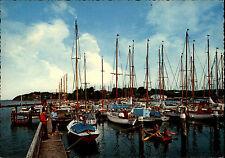 Glücksburg color Postkarte um 1970 gelaufen gebraucht Motiv: Yacht-Hafen Schiffe