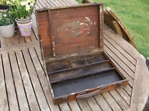 VINTAGE WOODEN CARRY PAINT BOX with CANVAS EASEL inside, great used patina