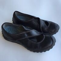 Clarks Privo Womens 5.5 Black Leather Mary Jane Slip On Shoes Flats Criss Cross