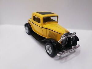 1932 Ford 3 window coupe yellow kinsmart TOY car model 1/34 scale diecast metal