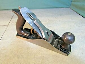 Stanley Bailey No 4 smoothing plane. Woodworking tools, used.