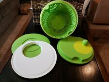 New Tupperware Salad Spinner w/ Cutting Board & Seal/Lid