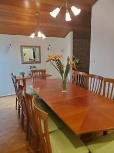 dining table extendable with 12 chairs