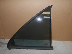 1996- 1998 Mercedes E430 320 Vent window right rear door quarter glass window