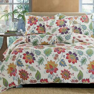 Blooming Floral  3-Piece Reversible Bedding Quilt Set, Bedspread