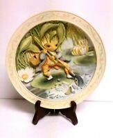 """BEATRIX POTTER """" The Tale Of Mr.Jeremy Fisher""""  Davenport Pottery Co. 3D Plate"""