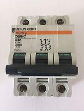 MERLIN GERIN Multi 9 (ahora Schneider) 32Amp triple poste Reja de desminado C Tipo C60HC