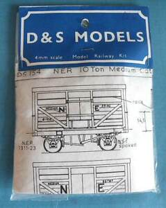 Bagged D & S 4mm scale White Metal Kit DS 154 NER 10T Medium Cattle Wagon dia K1