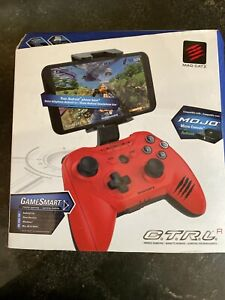 Mad Catz C.T.R.L.R Mobile Bluetooth Gamepad Controller  Red. NEW