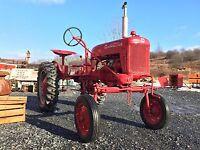 Farmall Cub Tractor - BEAUTIFUL !
