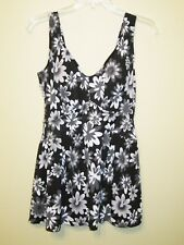 Le Cove Women's Swimdress 16W, Black white & gray Floral Print, Empire Waist