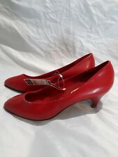 1986 Vintage W/ Tags Womens Cara Mia Solid Red High Heels Size 6M -With Receipt