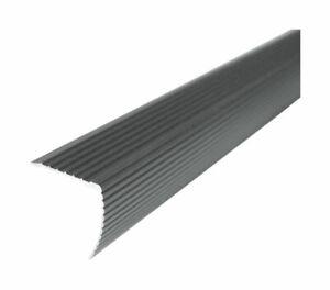 M-D Buildg Cch Fluted Stair Edge Alumum 1-1/8 H x 1-1/4 W x 36 D Sat Nickel