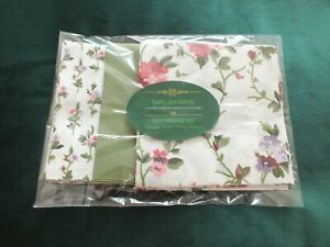 Laura Ashley Vintage Fabric Patchwork Kit - Priory/Guinevere