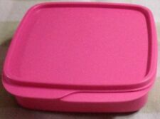 Tupperware  Divided Dish with Lid /FunMeal Lunch -New-Free Shipping-Pink Color