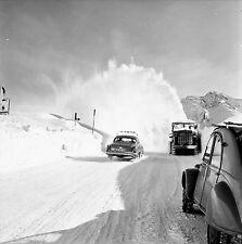 AUTRICHE c. 1960 - Autos Déneigeuse Zurs - Négatif 6 x 6 - Aut 201
