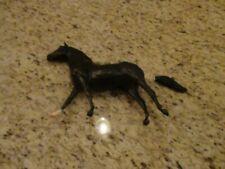 20th Century Fox & TM Black Horse Figurine 1984 ( Repair)
