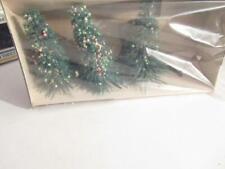 LIFE-LIKE TRAINS-  BOX OF THREE CHRISTMAS TREES-  NEW - V1
