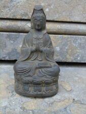 bouddha femme en prière en bronze pat antique sur socle  ...