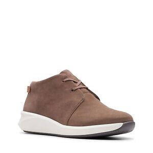 CLARKS Un Rio Mittel- Desert Boots Frau Sneakers Stiefelette Leder Veloursleder