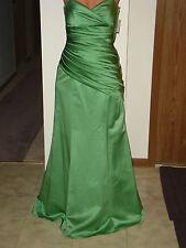 David's Bridal~Clover Green~Bridesmaid~Formal Gown~Bust 32-Waist 31-Hips 40 NWT