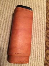 Tan Leather 2 Finger Cigar Case Cedar Lined Holds 2 Cigars   New in Box  C-115