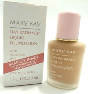 Mary Kay Day Radiance Foundation with Sunscreen SPF 8, 1oz, NOS NIB, Pick Color