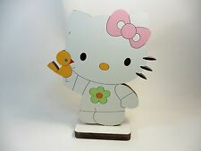 FIGURINE EN BOIS HELLO KITTY