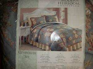 NIOP PHI Modern Heirloom Collection Gardenia Bouquet King Comforter Set 4pc