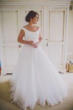 Stunning Suzanne Neville 'Savoy' Wedding Dress