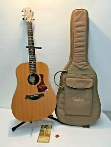 TAYLOR BIG BABY 307 ACOUSTIC GUITAR GREAT CONDITION + TAYLOR GUITAR CASE GREAT C