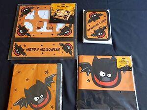 Halloween - Bats Party Range - Invites, Napkins, Tablecloth, Cupcake Box