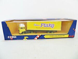 CORGI TRUCKS C1224 VOLVO F12 GLOBETROTTER CADBURYS FLAKE BOX TRAILER 1:64. MIB
