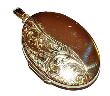 Fully Hallmarked 9ct Yellow Gold Patterned Oval Locket With Inserts