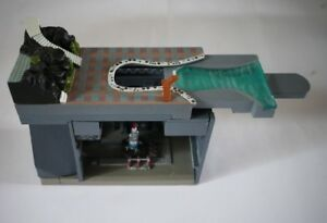 Konami Thunderbirds Pod Vehicle Vol.2 Thunderbird 1 Launch Bay Diorama BNIB