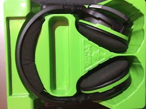 Turtle Beach Stealth 600 Black/Green Headband Headsets for Microsoft Xbox One