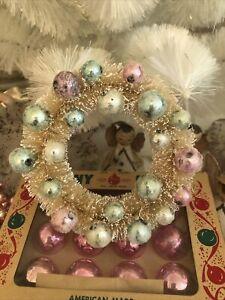 """New Vintage Inspired Retro 5"""" White Bottlebrush Wreath Pink Bulbs Mica Christmas"""