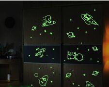 Wandtattoo Wandsticker Kinderzimmer Leuchttattoo Raketen Sterne 145 x 68 W228