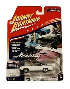 JOHNNY LIGHTNING Muscle Cars USA 1971 MERCURY MONTEGO - (2016 Series Release)