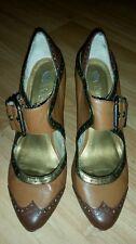 Woman's/junior's Two Lips brown tan gold saddle shoe high heel 7.5