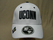 UCONN HUSKIES - NCAA/FBS/AAC - 2011 FIESTA BOWL - ONE FIT FLEX BALL CAP HAT!