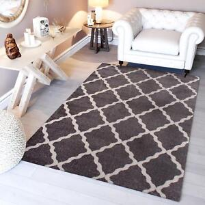 Super Area Rugs Contemporary Modern Homespun Trellis Area Rug in Gray & White