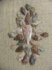 "25 stone arrowheads points 1 spearhead replica 1"" -1 1/2"" agate / jasper kc39"