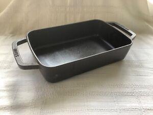 Staub Cast Iron baking tray/dish 30cm x 20cm x 7 cm