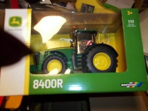 BRITAINS  43174 JOHN DEERE 8400R   TRACTOR    NEW BOXED