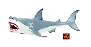 Megalodon Prehistoric Shark Toy Model Figure by Safari Ltd 303329 Brand New