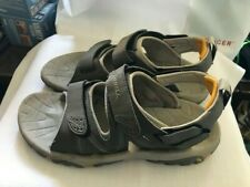 Merrill Adjustable  Women's Sandals Size-8 in Good Condtion.