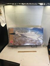 AMT ERTL NORTH AMERICAN XB-70A-1 VALKYRIE 1/72 MODEL KIT LIMITED EDITION SEALED
